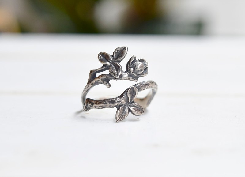Twigs twigs silver ring
