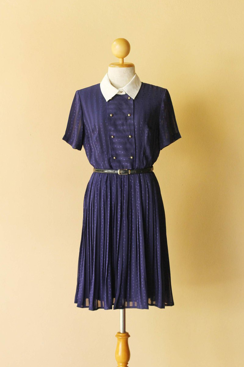 Vintage dress Navy blue white collar pleat skirt