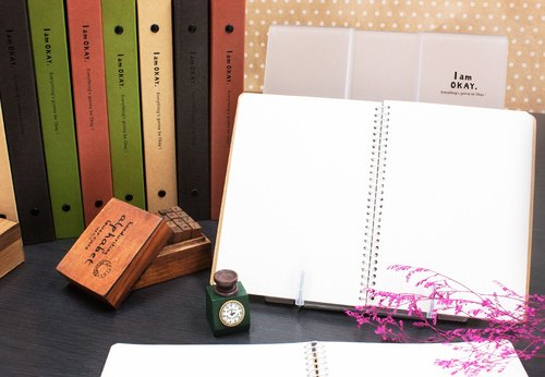 Berger Stationery xIamOkay [reading shelf] two colors