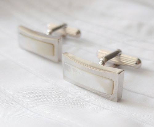 Long bar white pearl Cufflinks