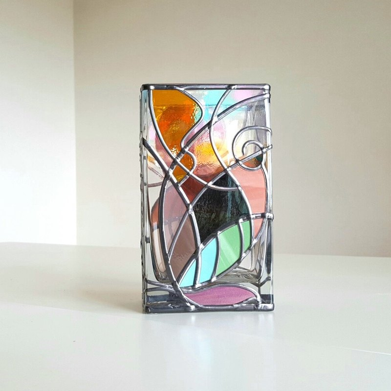 Glass Art Rectangle Vase  Dyed woven design  Retro