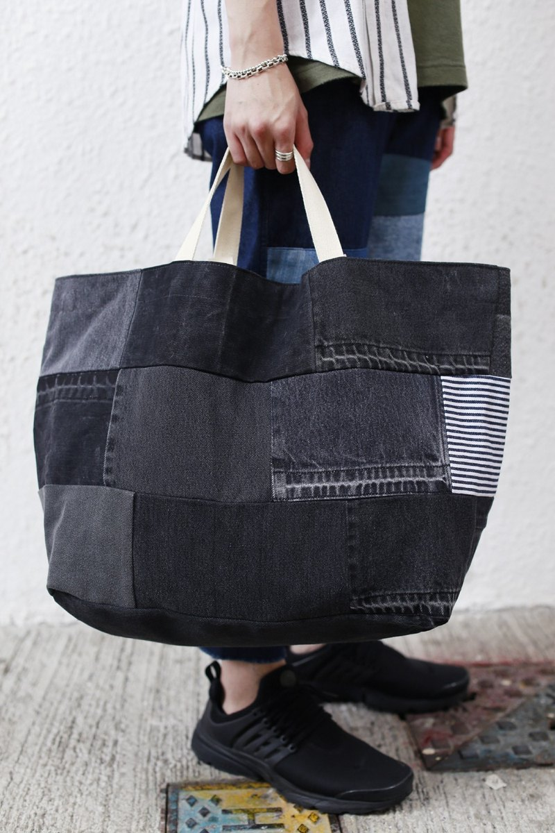 Denim Patchwork travelling tote bag (black)