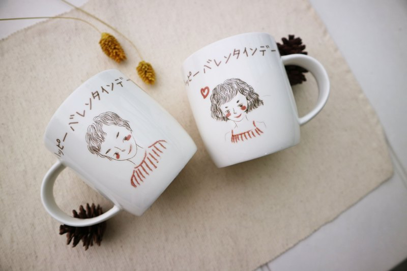 Customized - like a painted mug of Christmas exchange gifts personal / lover's section on the cup / girlfriends section on the cup