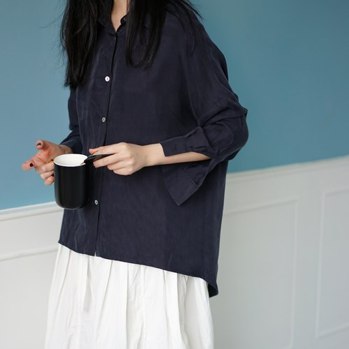 Ee18/ Copper ammonia silk shirt (navy)