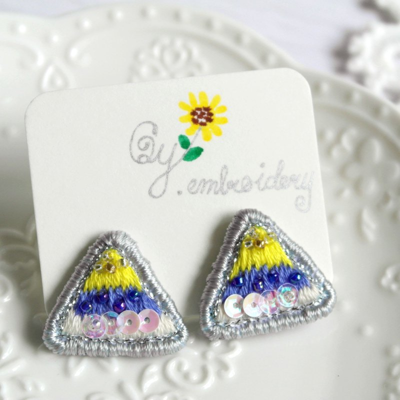 Qy.embroidery blue yellow contrast color triangle beads hand-embroidered earrings ear clip
