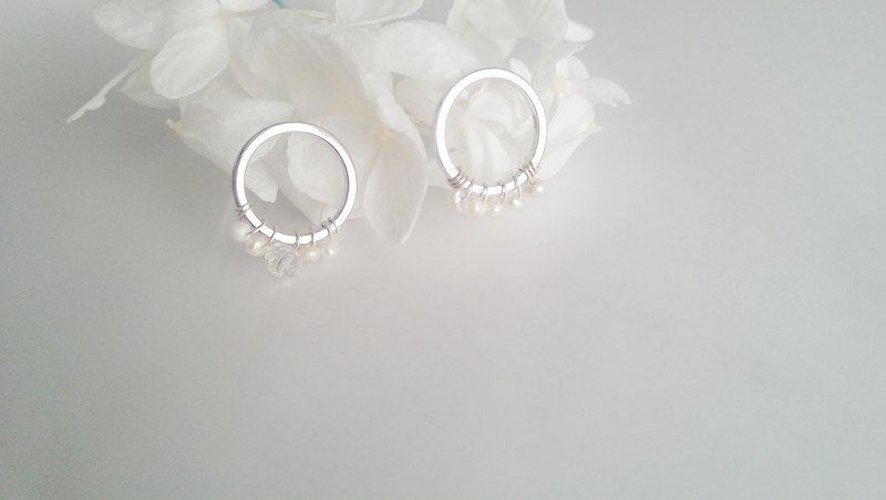 Waltz Geometric Pearl Silver Earrings
