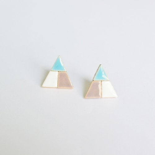 Corner triangle (L005) earrings / ear clip