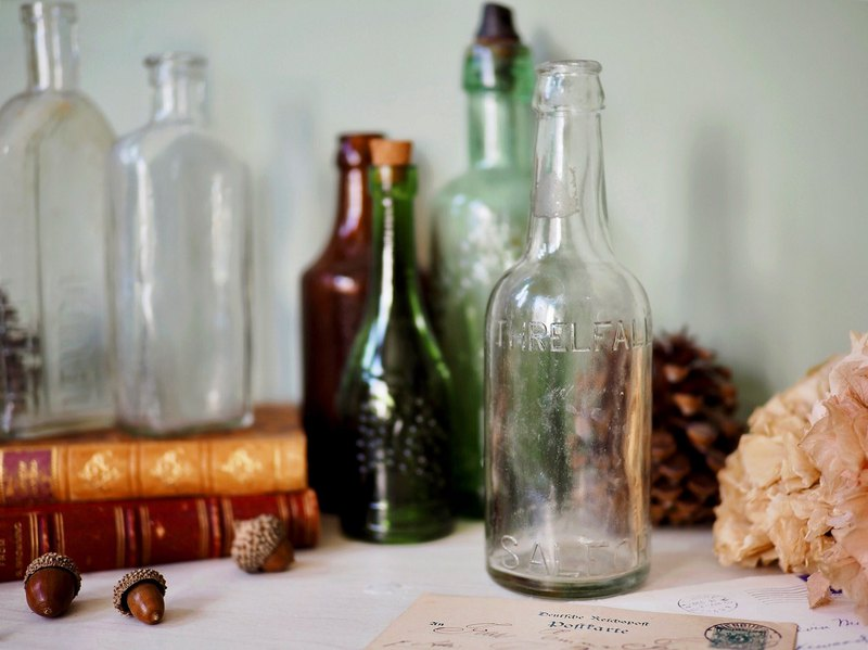 Transparent letter hand blown glass bottle / syrup bottle hundred years old height 20.3cm