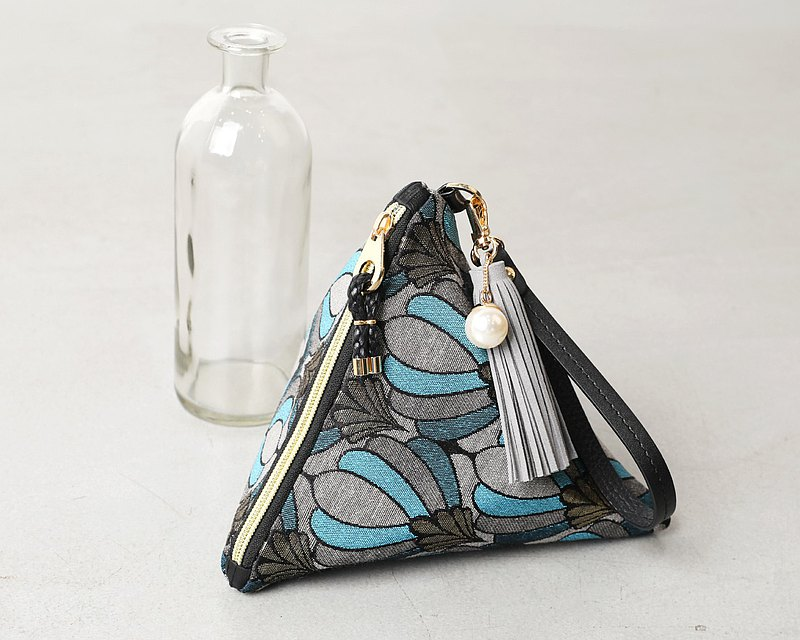 Queen Blue triangular clutch pouch bag
