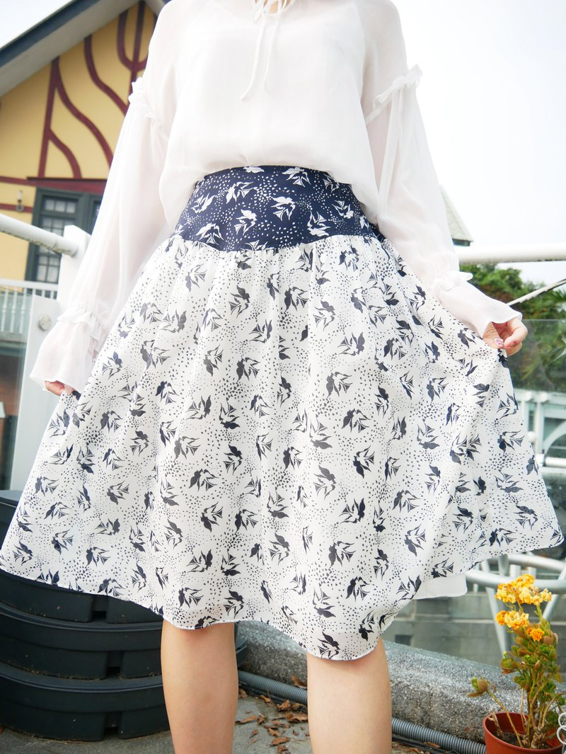 MIT Romantic Bird Color Midi Skirt (R7012B)
