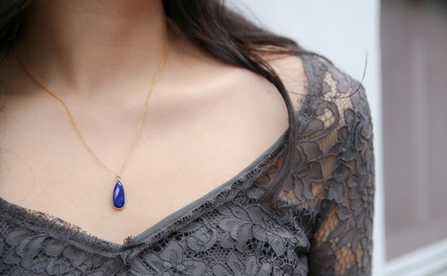 Elegant long drop necklace lapis lazuli