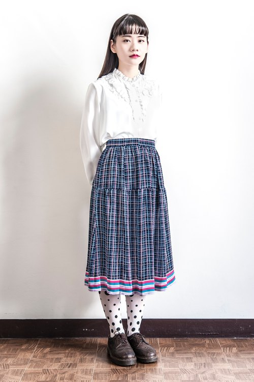 Vintage multicolored checkered skirt