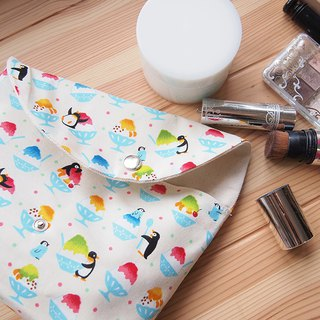 [Summer] hand made cosmetic bag storage bag storage bag penguin shaved ice color