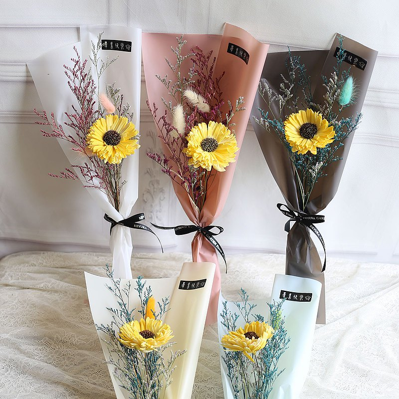 Ying Luo Manor*wedding small things*not withered flowers. Flowers eternal life. Dried Flowers*GIFT*gift of small objects G71 / immortal flower box / Valentines Day / Senior Year / dried flower ceremony