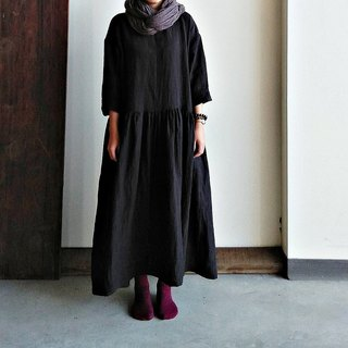 Fine Fold Loose Dress Black Linen