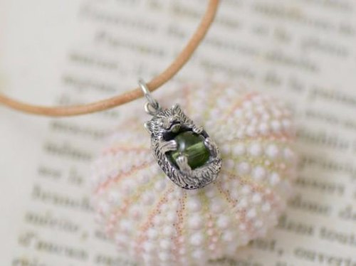 Tsundere, hedgehog ball pendant peridot leather straps Necklace