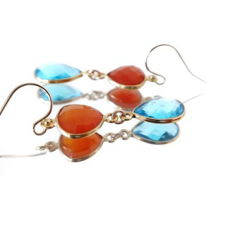 14KGF / RED ONYX HYDRO BLUE TOPAZ EARRINGS