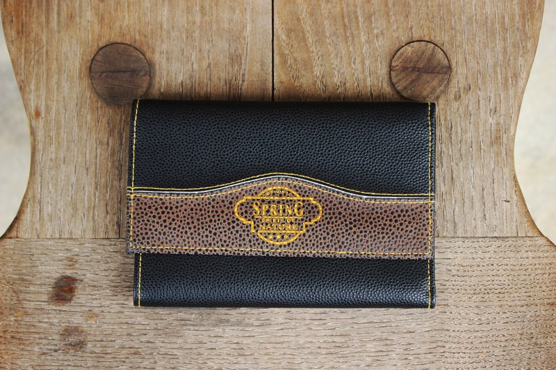 B157 [Vintage wallet] (Italian) black rectangular antique leather wallet