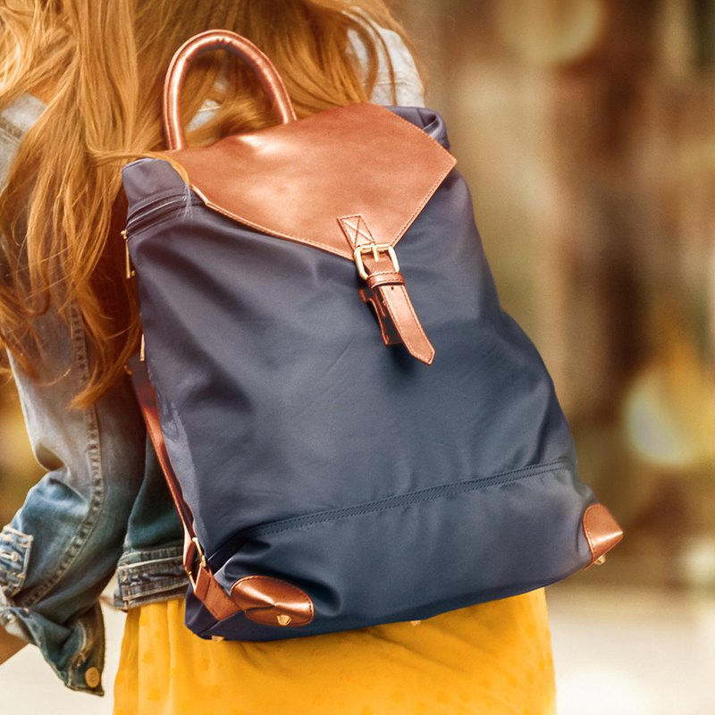 Emma leather side backpack (without inner bag) [Navy]