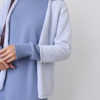 Sweden bought a vintage light blue cotton knit wind seven-point sleeve small blouse
