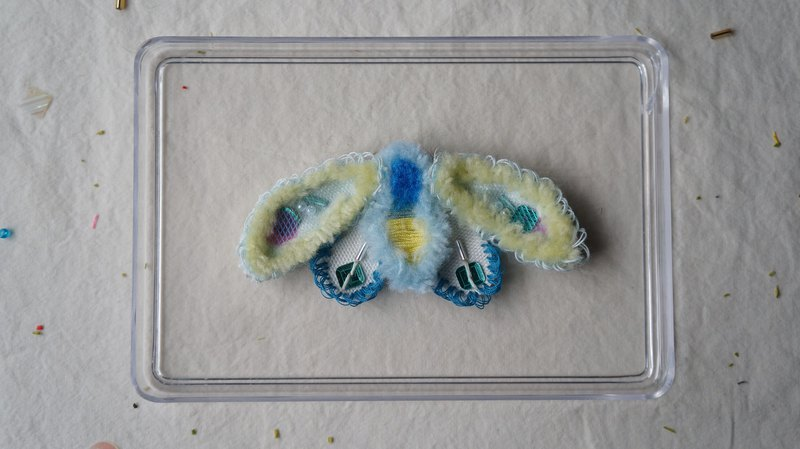 Blue green eye embroidery wool moth pin + long tail hair clip