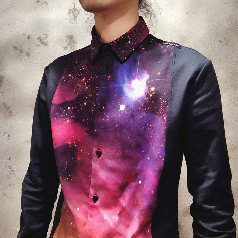 Neutral minimalist Galaxy print stitching shirt (female) Ray77 Galaxy