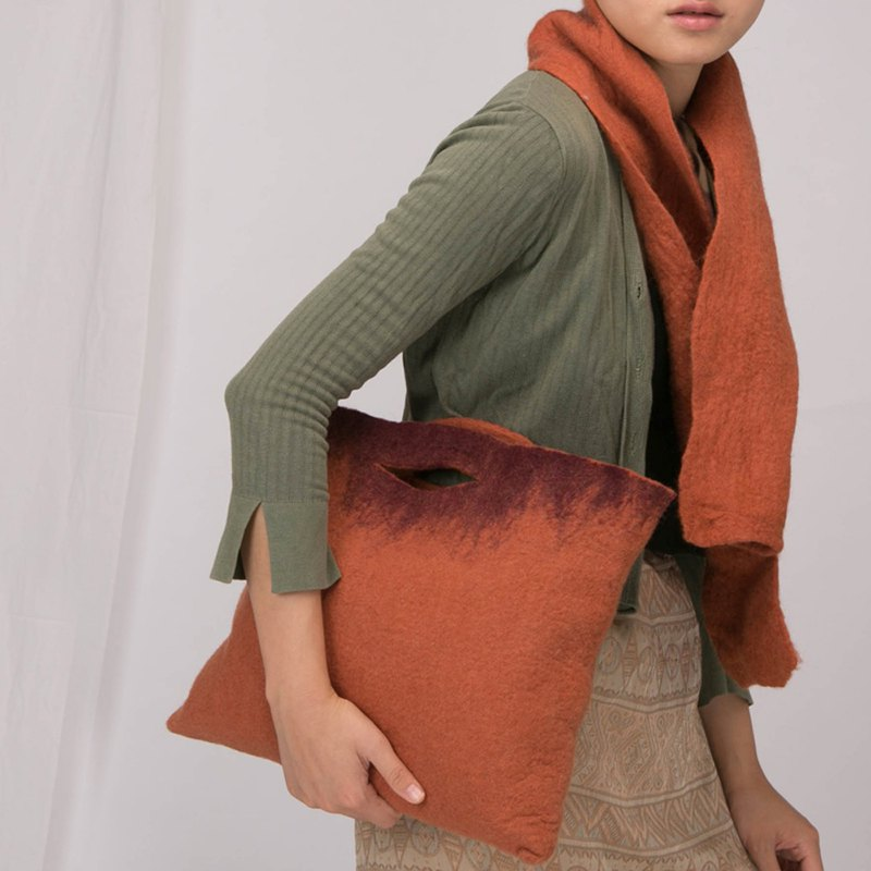 轲 artificial original design solid color wool handbag handmade wet felt craft bag Japanese literary hand made simple