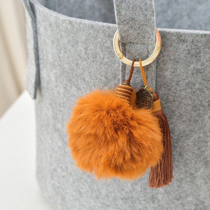 "Tassel key chain ""Chestnut"""
