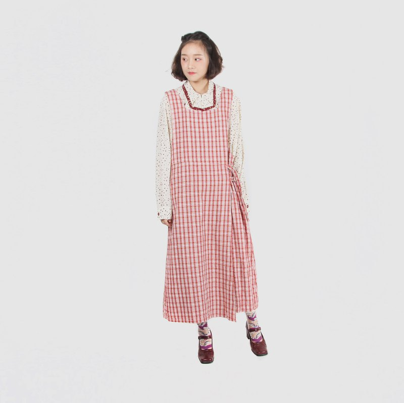 [Egg plant vintage] strawberry plaid apron vintage dress