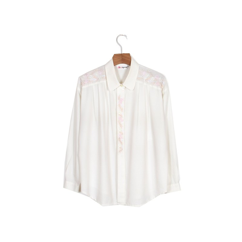 (Egg plants vintage) dream flower vine embroidery vintage shirt