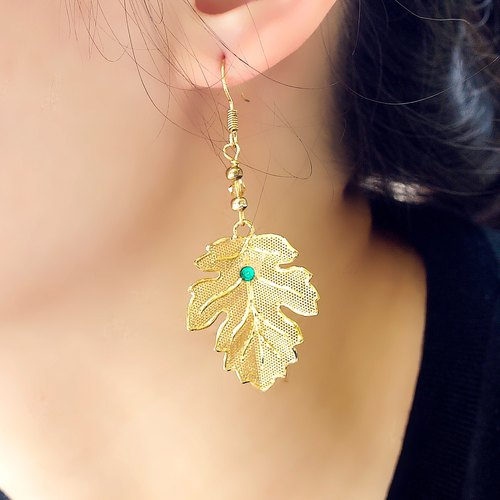 Tanabata two pieces 20% off Akiba‧ autumn leaves earrings