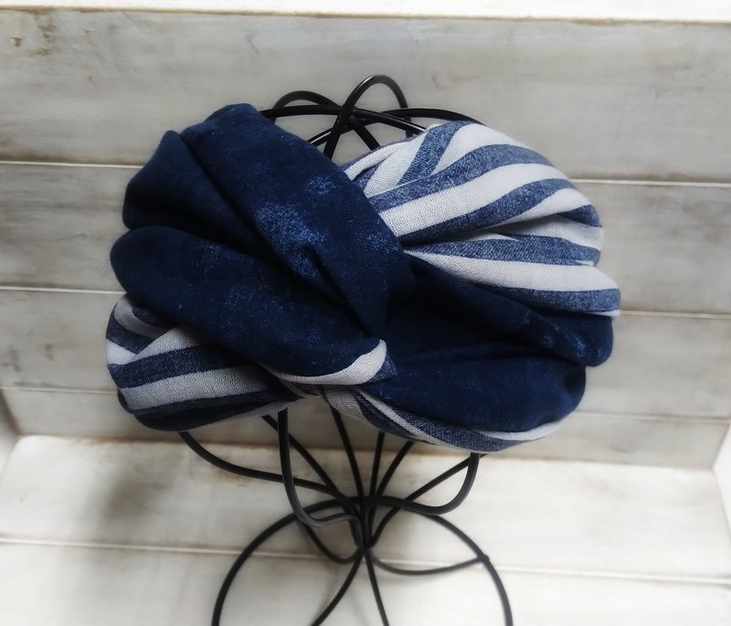 Wide blue stripe smudge blue double circle hair band