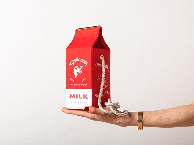 有機牛奶盒肩背包 Organic milk pochette  --  RED
