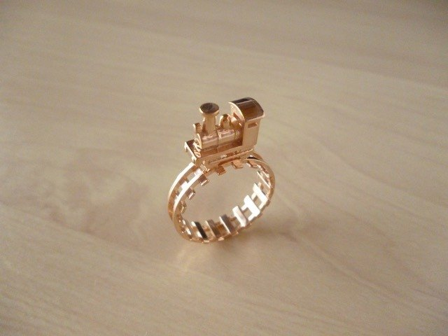 Locomotive ring