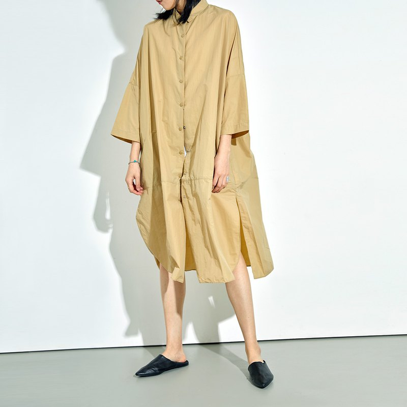 G果GAOGUO original designer women's new apricot shirt collar buckle large profile long windbreaker jacket