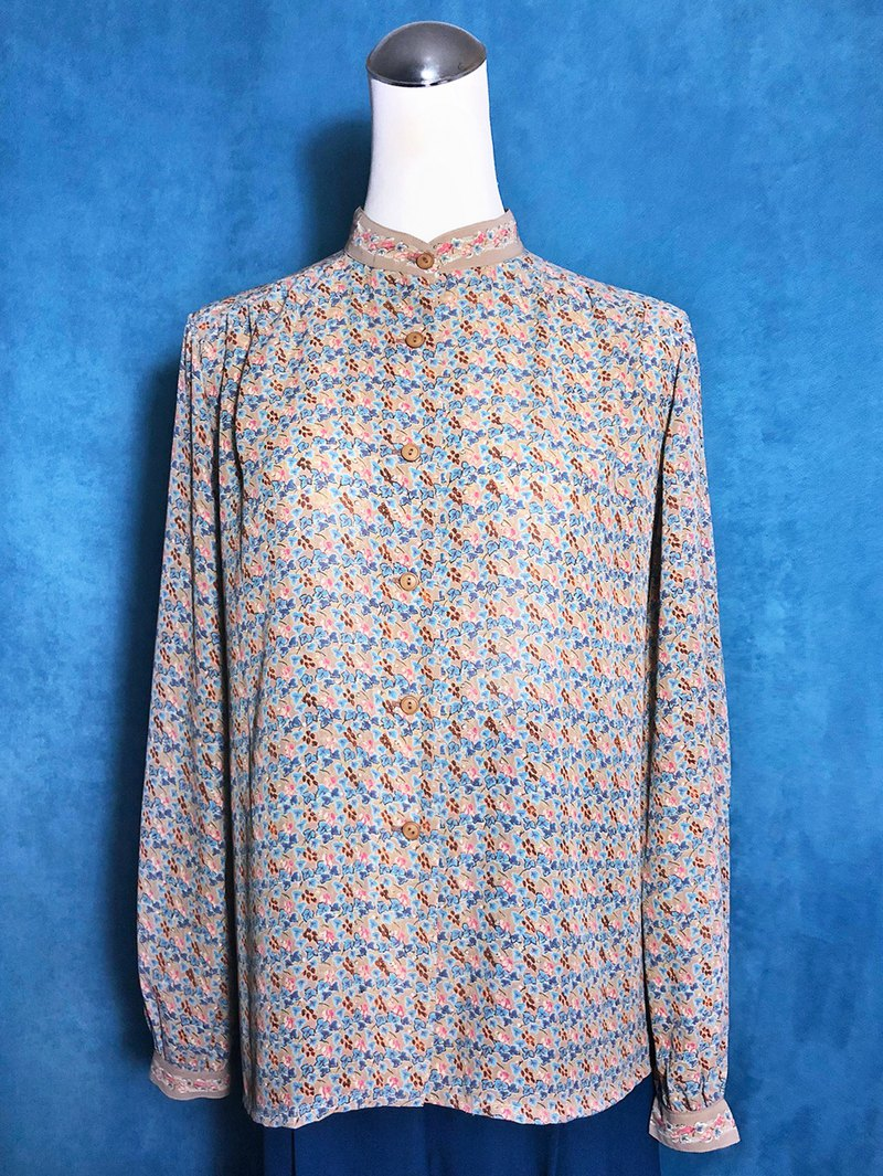 Small stand-up stitching printed long-sleeved vintage shirt / brought back to VINTAGE abroad