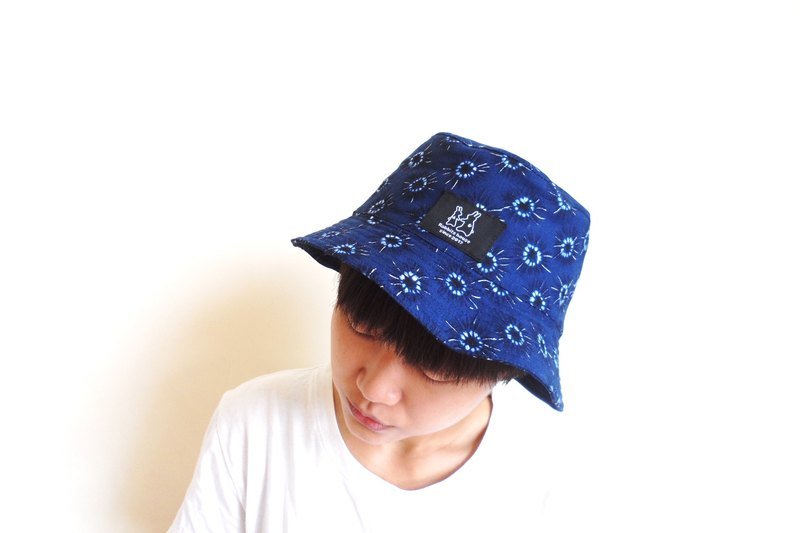 湛藍花紋漁夫帽 Blue cotton fisherman hat
