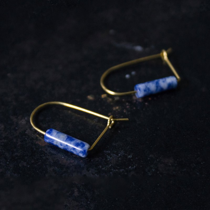 U-shaped soda stone tube earrings