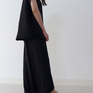 Short and long nine-point pants in front of the chic hem (dark blue black)