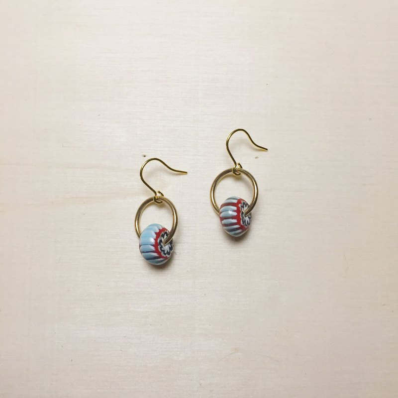 Japanese antique beads small earrings