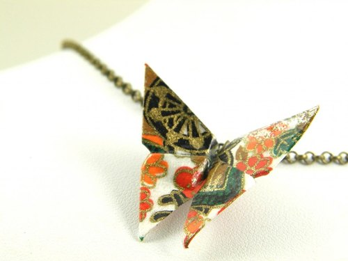 Necklace origami