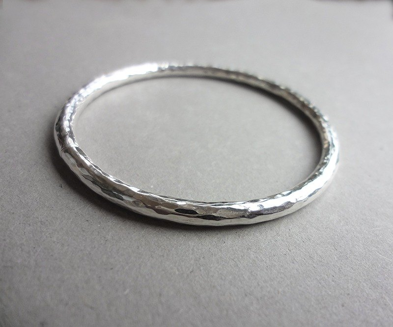 Hand forged silver bracelet No. 1-perfect version