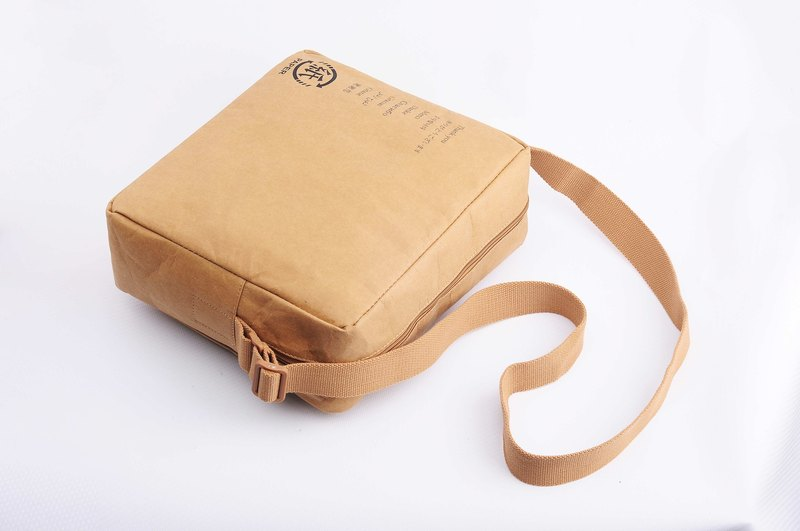 Paper bamboo often shoulder bag (brown)
