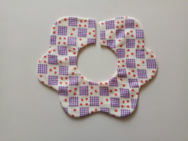 Turn flower pocket Japanese cotton gauze purple strawberry muffin 360 degree flower petals bib baby bib