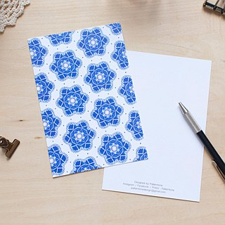 Six petals blue and white pattern postcard