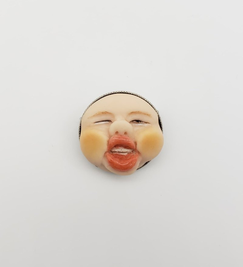 Cute face soft brooch