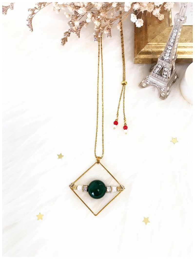 +Green agate ‧ pearl ‧ diamond necklace +