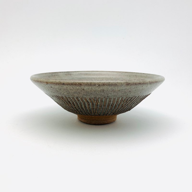 Vegetal ash glaze shallow bowl