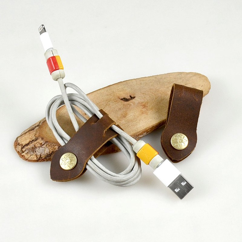 [U6.JP6] Hand-made leather pure hand-made can be fixed reel, take-up device, hub, universal take-off device, wedding gadgets