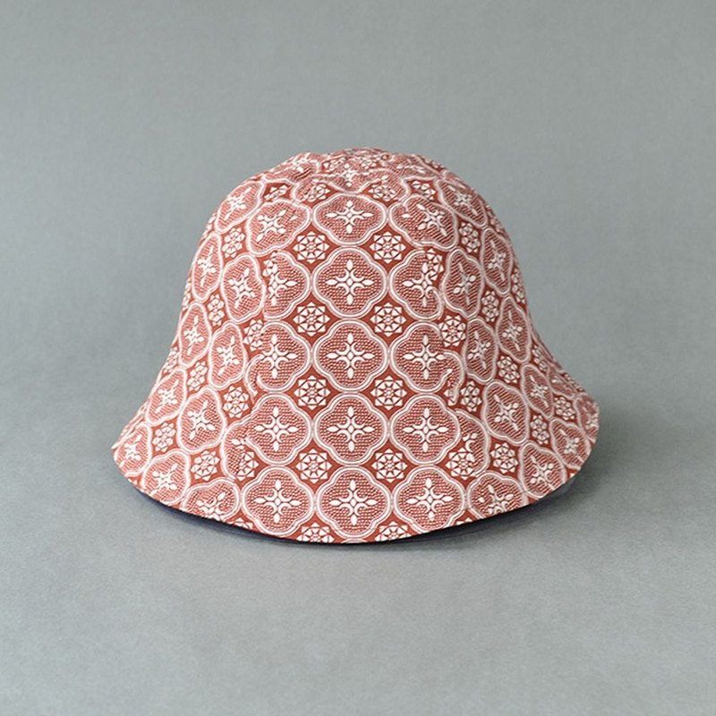 Sun Hat / Begonia Glass Pattern / Lady Rouge